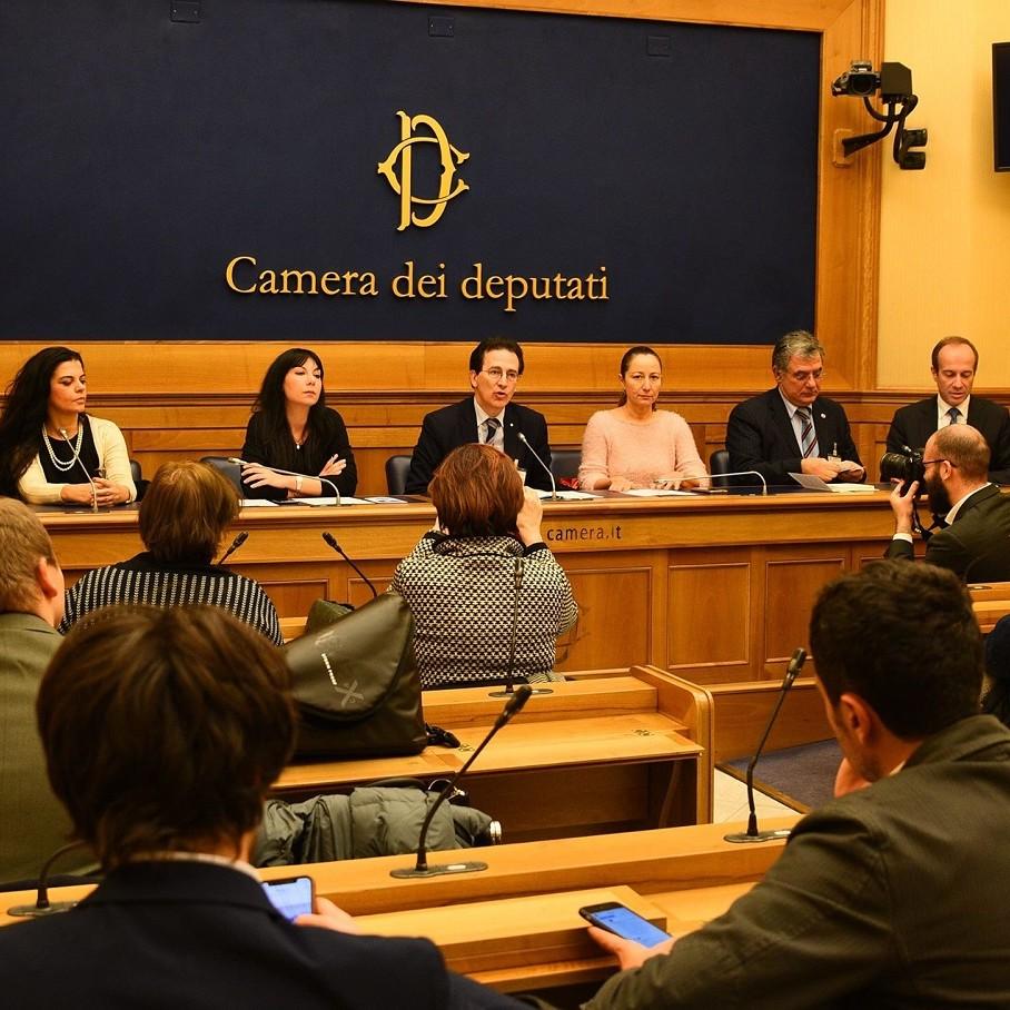 Oltrefrontiera_Dagli Accordi di Helsinki all'attuale scenario internazionale