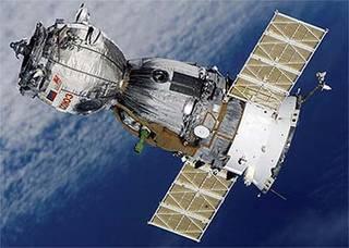 Il misterioso buco nella navicella russa Soyuz
