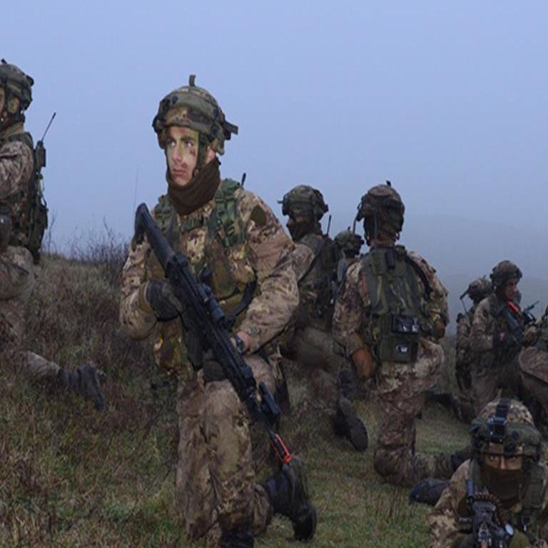 Soldati dell'Accademia Militare.