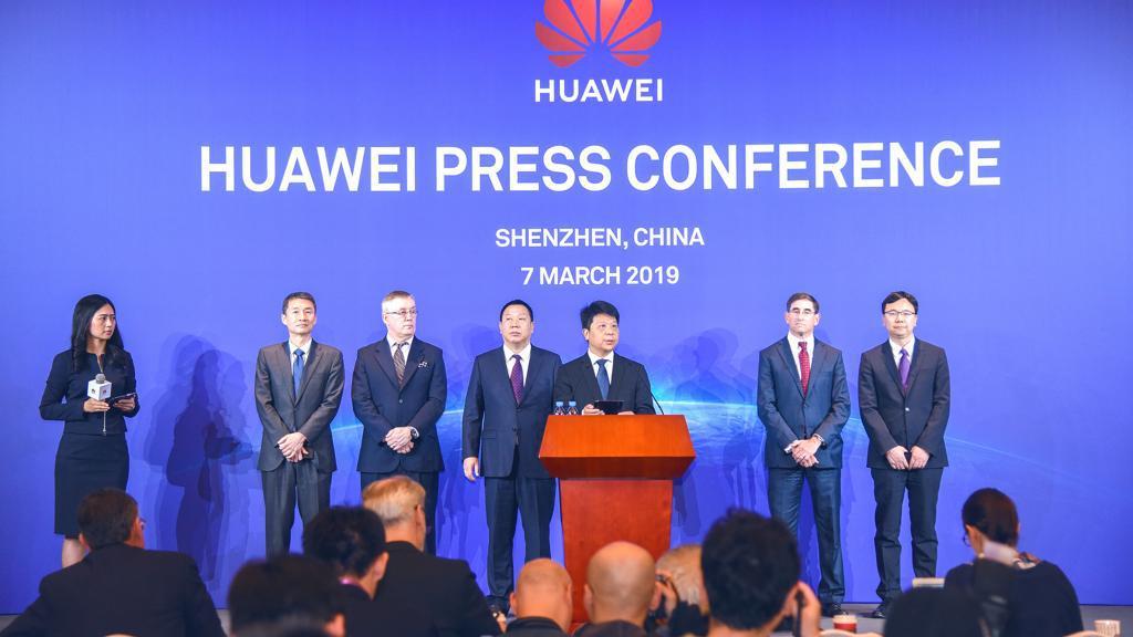 Huawei fa causa al governo Usa per il bando ai suoi prodotti
