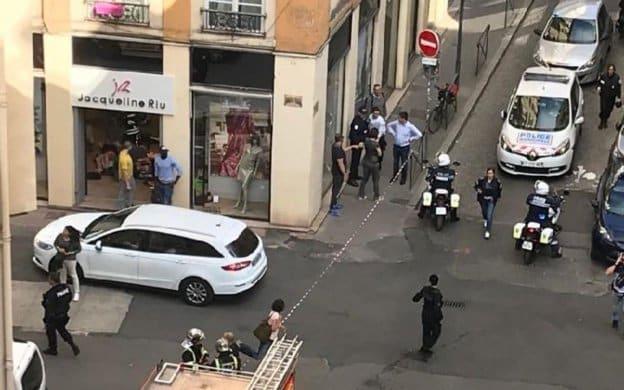 Esplosione a Lione, indaga l'antiterrorismo