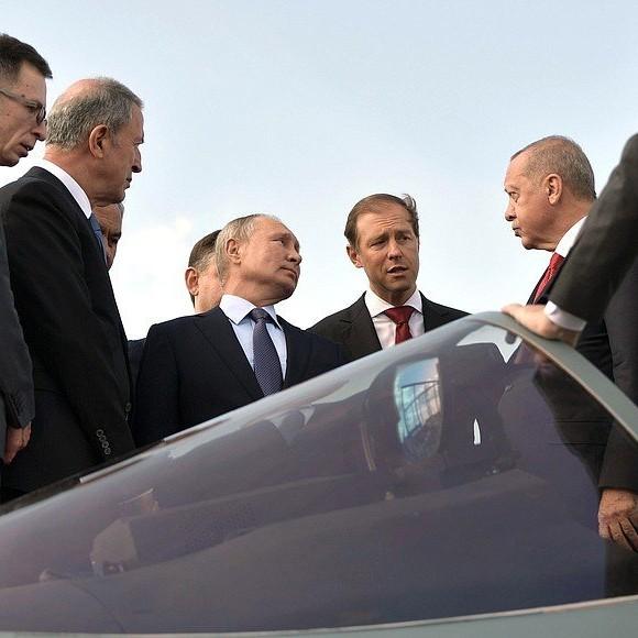 Dalla Siria alla Difesa, Erdogan incontra Putin