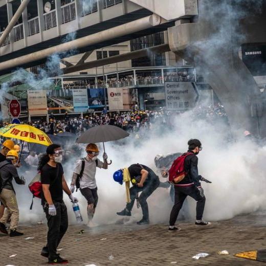Chi vince e chi perde ad Hong Kong