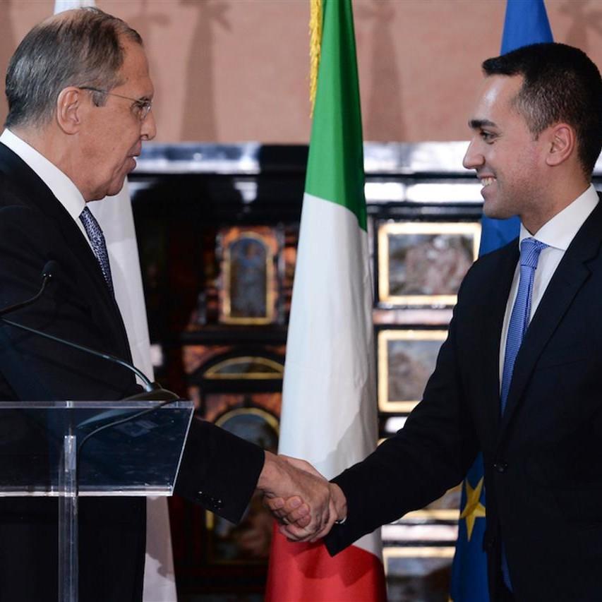 Di Maio, il MED e il difficile mestiere di Ministro degli Esteri