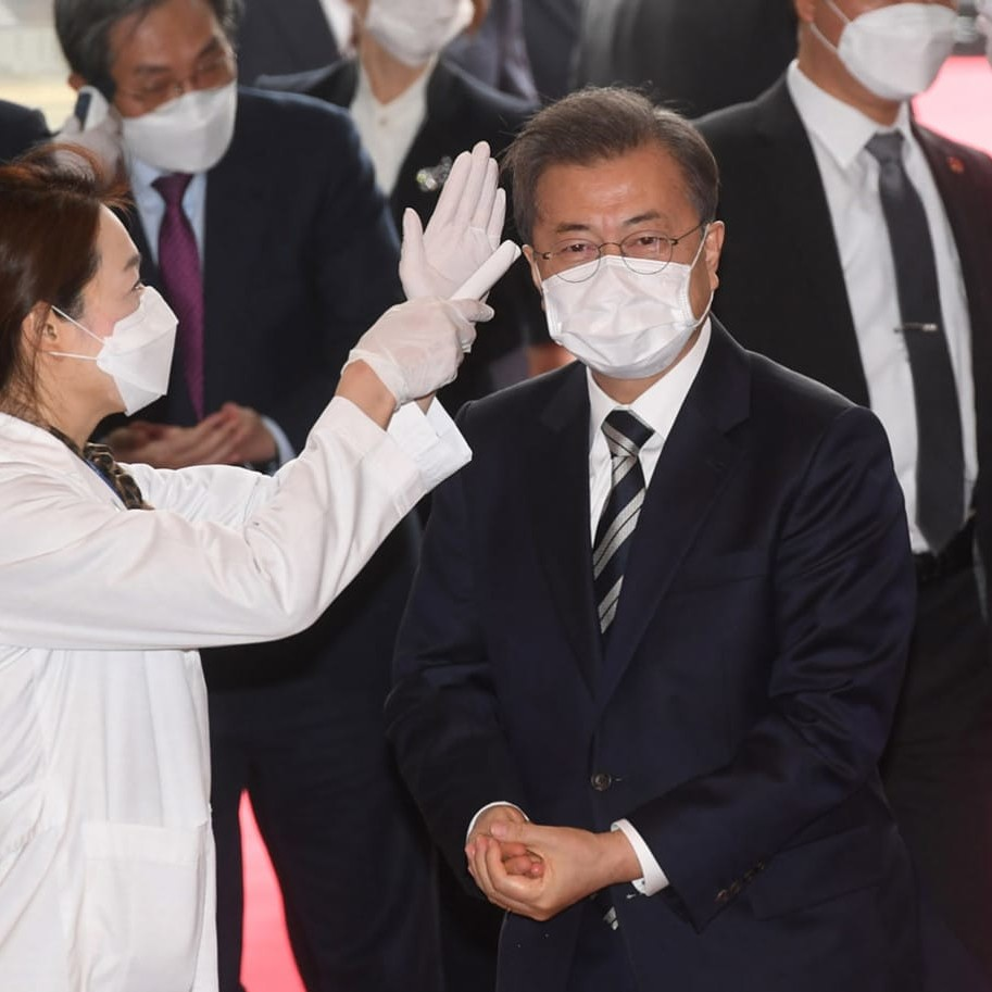 Corea del Sud, il Covid-19 infetta anche la presidenza Moon