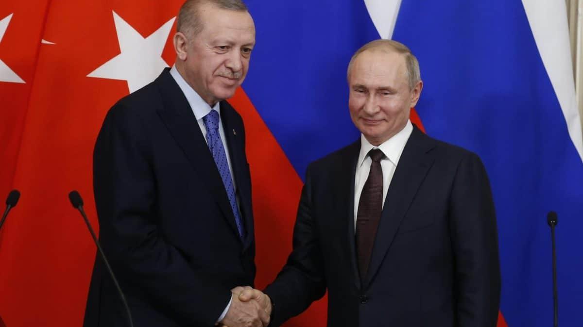 L'Europa muore incatenata a uno zar e a un sultano