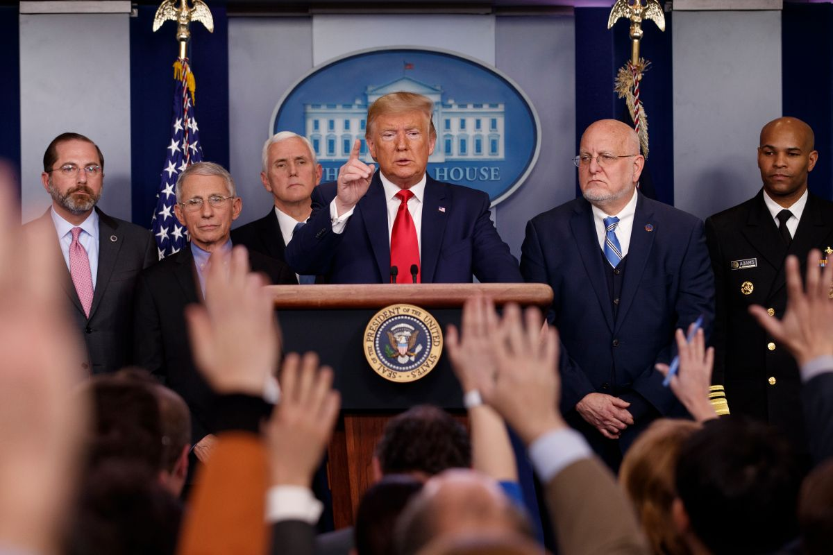 Coronavirus, Trump non minimizza più