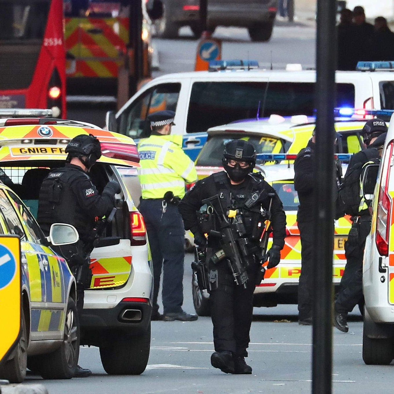 """Regno Unito: 43.000 persone """"potenziale minaccia terroristica"""