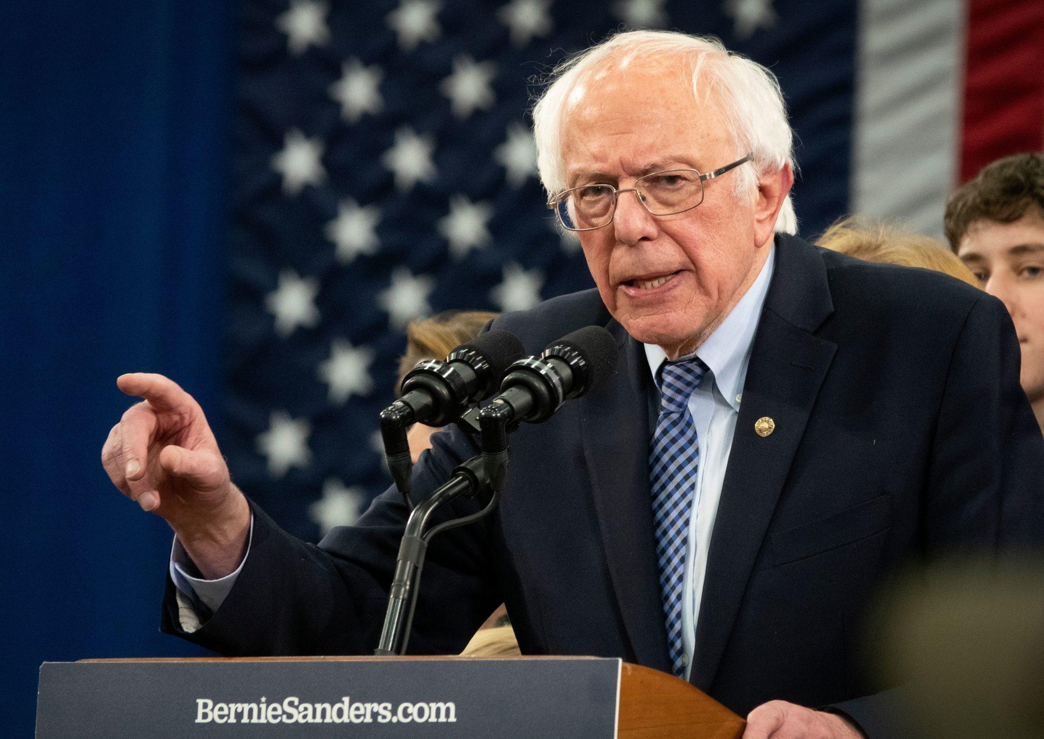 Bernie Sanders si è ritirato dalle primarie del Partito Democratico