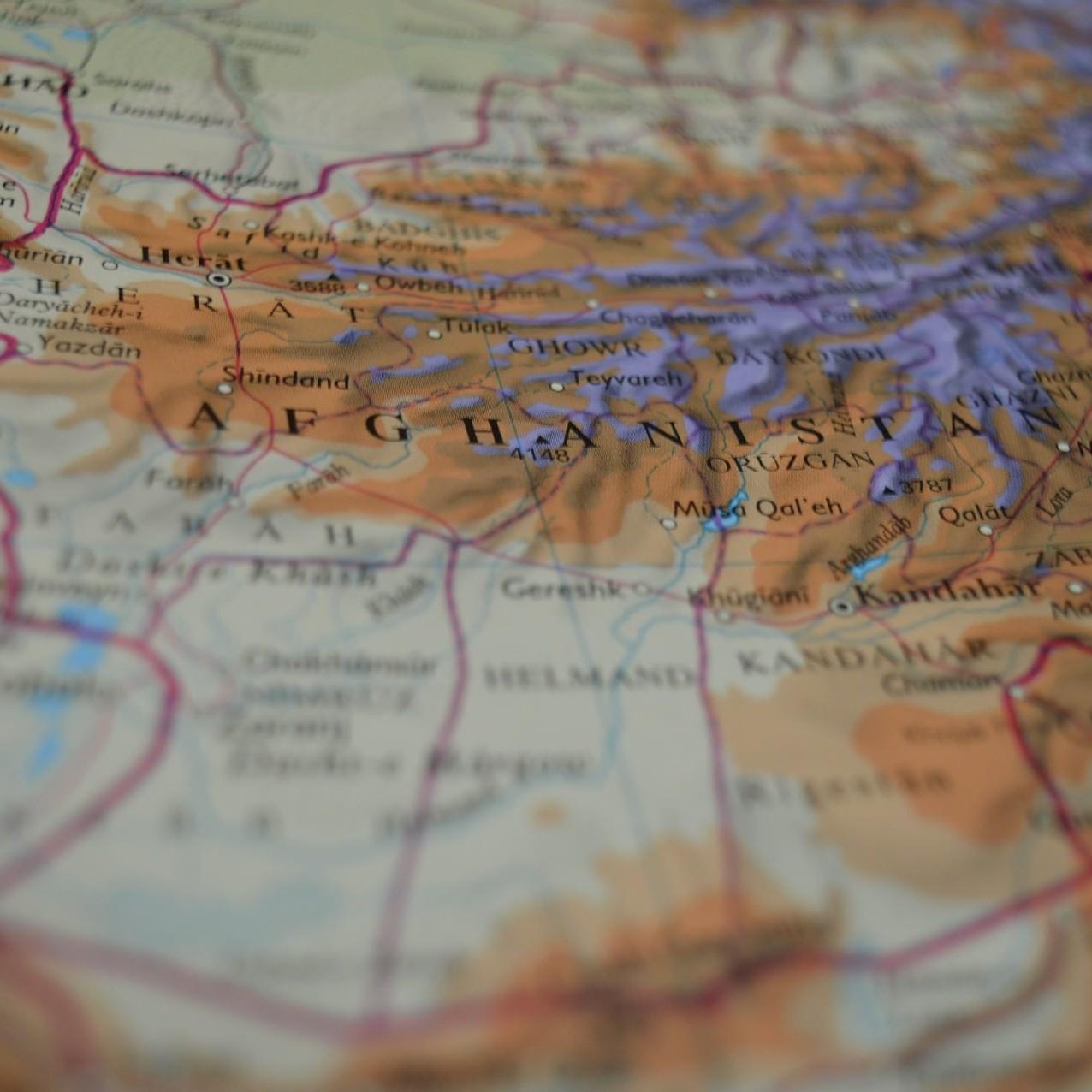 Afghanistan: una firma che non ferma la guerra