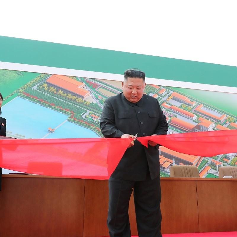 Kim Jong un, le 21 foto e i 21 giorni