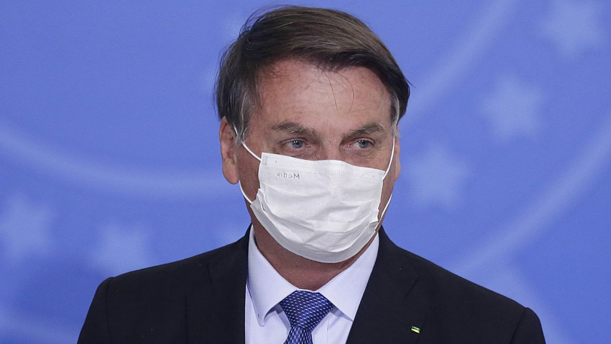 Bolsonaro s'è preso il Covid