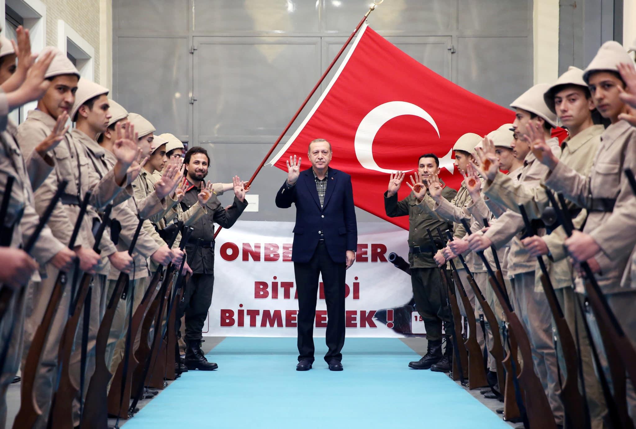 La Turchia di Erdogan, le forze armate e i servizi segreti